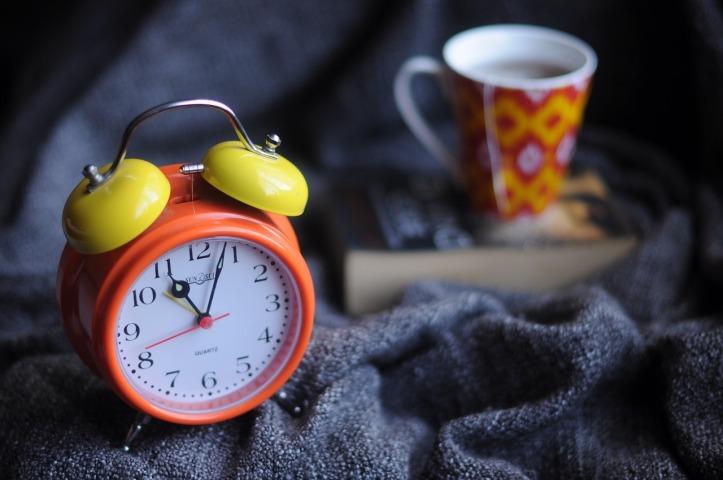 alarm-clock-1869771_1280